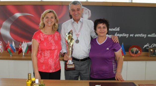 Gaziemir'in sporcuları başarıya doymuyor