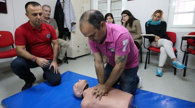 Karşıyaka Belediyesi'inde ilk yardım kursları…