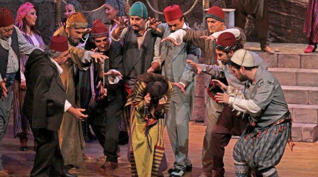 """Karşıyaka'da """"Tiyatro Oscarları"""" sahiplerini buluyor…"""