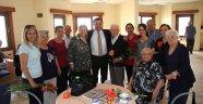 Batur'dan Huzurevi ziyareti