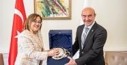 Fatma Şahin, Tunç Soyer'i ziyaret etti