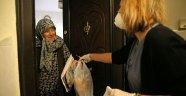 Karşıyaka Belediyesi 'çınarları' yalnız bırakmıyor!