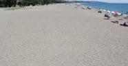 Menderes sahillerinde bayram sonrası temizlik
